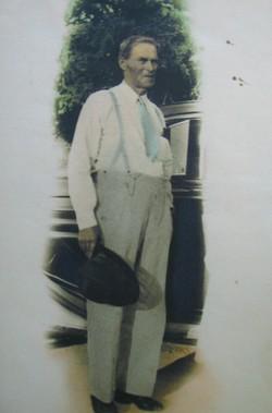 Anderson Lewis Alder