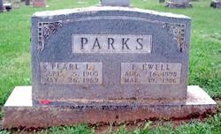 Pearl Lillian <i>Denney</i> Parks