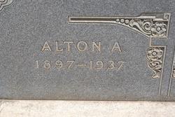 Alton Aaron Roberts