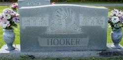 Josie Zadie <i>Hudson</i> Hooker