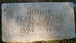 Pearl Estella <i>Hollick</i> Zywicki