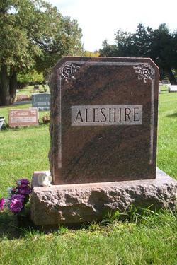 Ray D Aleshire