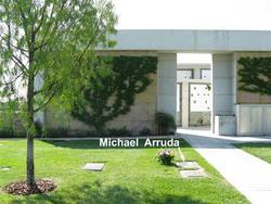 Michael R Arruda