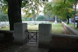 Brewery Orchard Cemetery, Bois-Grenier
