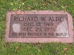 Richard W Aldis