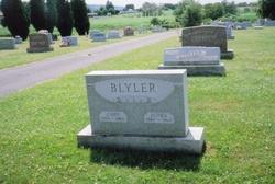 Agnes Veneda <i>Troutman</i> Blyler
