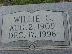 Willie C Knipstein