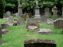Bothwell Parish Church Graveyard