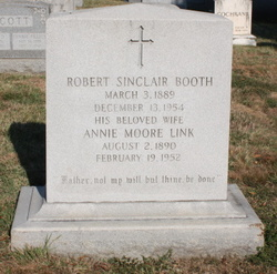 Annie Moore <i>Link</i> Booth