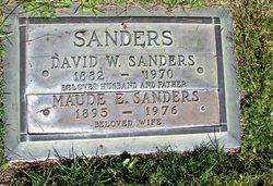 David W. Sandy Sanders