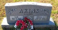 Della Grace <i>Smith</i> Akins