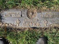 Arnold John Arnie Geyer