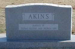 Maxine Juanita <i>Wallace</i> Akins