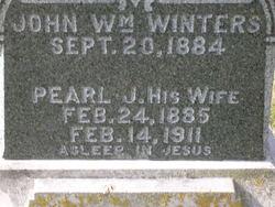 Pearl J <i>Stinnett</i> Winters
