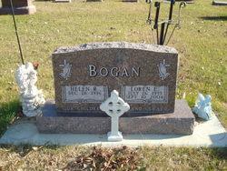 Loren E Bogan
