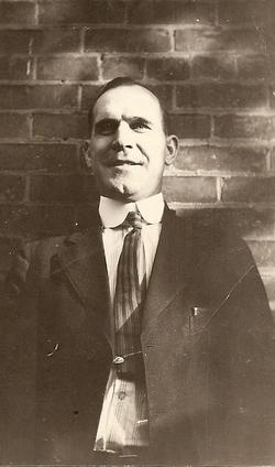Leon Packard Whitney