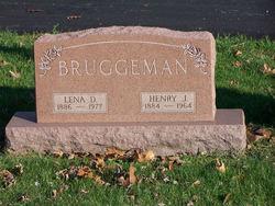 Lena <i>Dier</i> Bruggeman