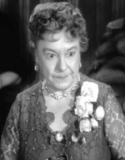Josephine Hull obituary