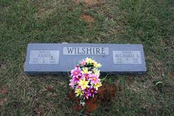 Annie <i>Newsom</i> Wilshire