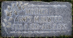 Agnes <i>Martin</i> Hunter