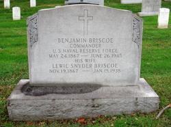 Lewie <i>Snyder</i> Briscoe