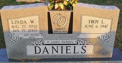 Linda <i>Williams</i> Daniels