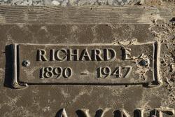 Richard Eugene Aynesworth