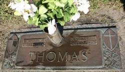 Laura Mae <i>Hill</i> Thomas
