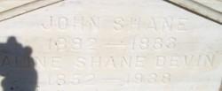 Aline <i>Shane</i> Devin