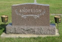 Anna T Anderson