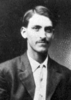 Alfredo B Torres