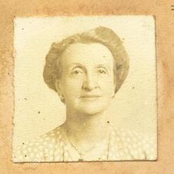 Laura Veronica <i>Peck</i> O'Neill