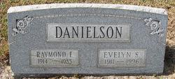 Evelyn S Danielson