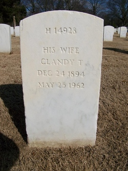 Clarinda Tidwell Clindy <i>Lindsey</i> Barnard