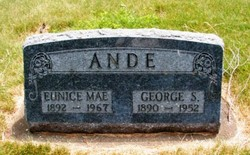Eunice Mae Ande