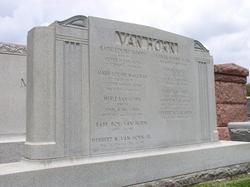 Violet <i>Drott</i> Van Horn
