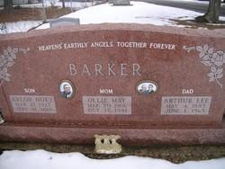 Arlon Huey Barker