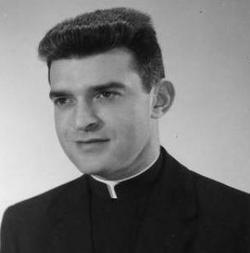 Fr Vincent Robert Capodanno, Jr