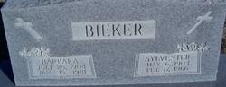 Barbara <i>Aschenbrenner</i> Bieker