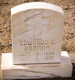 Edwardo E Aranda