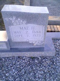 Mae <i>Holstun</i> Johnson