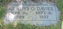 Gladys Gertrude <i>Garlick</i> Davies