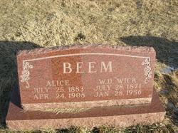 Alice <i>Halterman</i> Beem