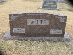 Sam White