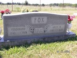 Arley <i>Merritt</i> Fox