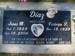 Victoria <i>Flores</i> Diaz
