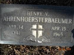 Henry V. Ahrenhoersterbaeumer