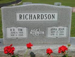 Ralph Roy Tim Richardson