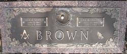 Dina <i>McFarland</i> Brown
