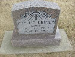 Phyllis J. <i>Zook</i> Bever